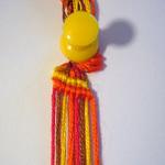 斜め編みミサンガ作り方2行目終了